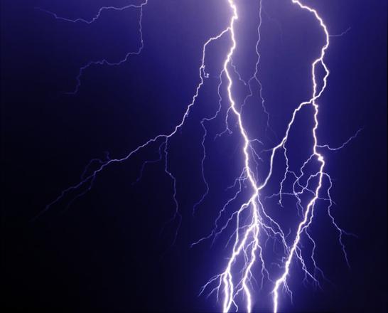 lightning-1315476